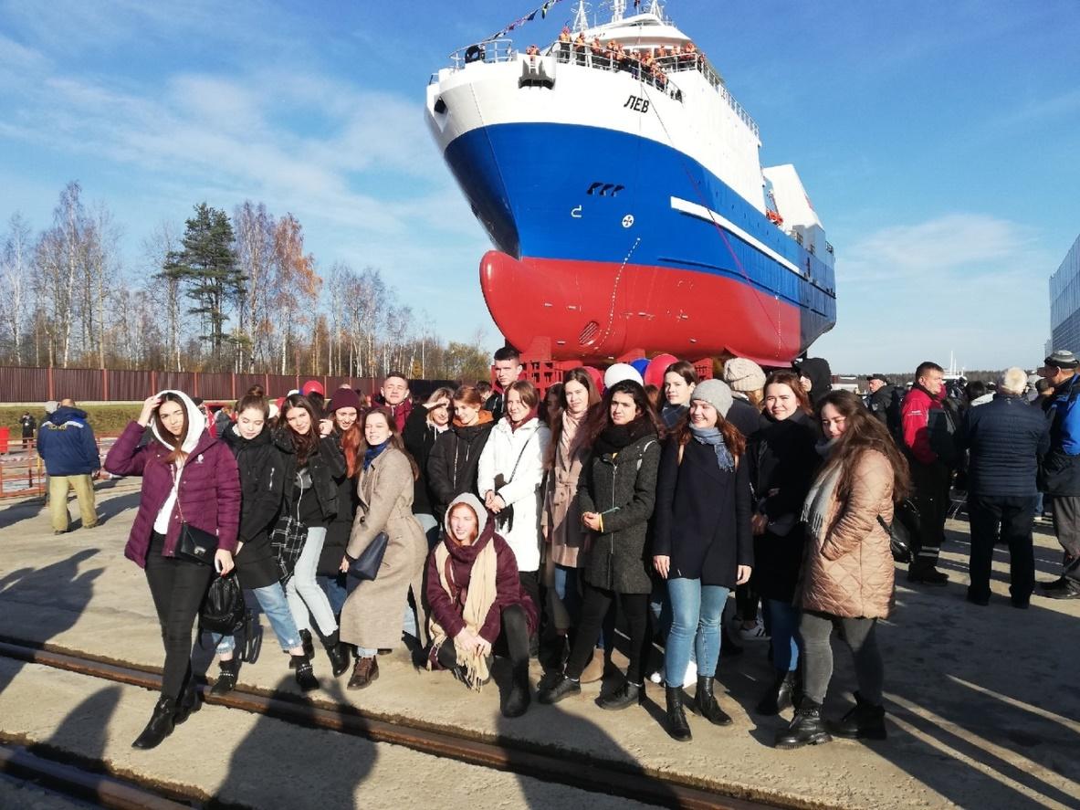Студенты МВШУ посетили ОАО ЛЕНИНГРАДСКИЙ СУДОСТРОИТЕЛЬНЫЙ ЗАВОД «ПЕЛЛА»